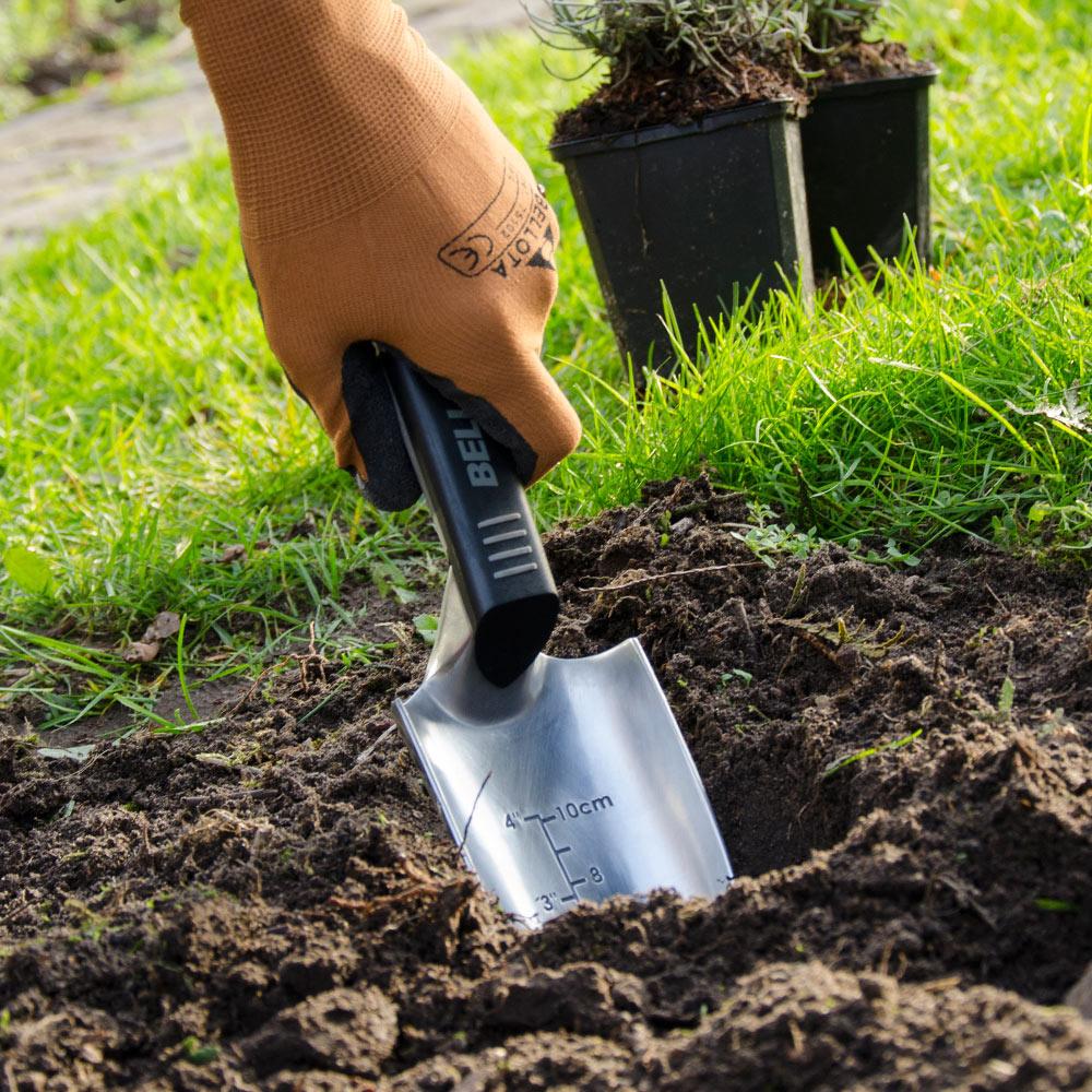 Gartengeräte und Zubehör