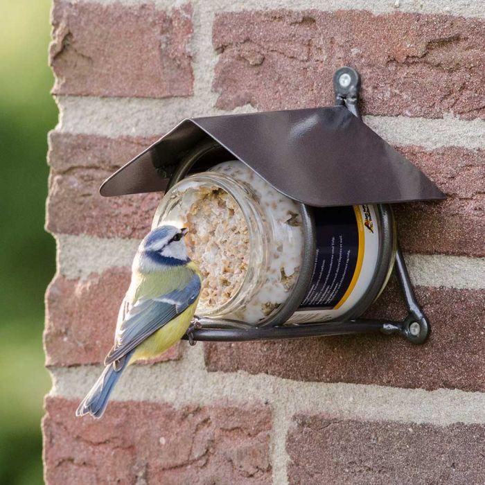 Vogel-Erdnussbutter mit Nussstückchen